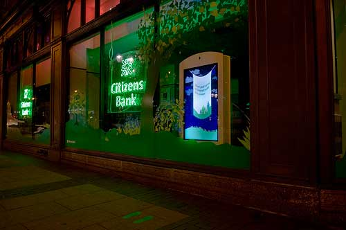 Motion Sensing Retail Window From Citizens Bank