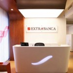 extrabanca_welcome_desk
