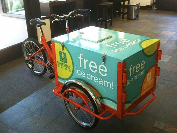 umqua_bank_icicle_tricycle