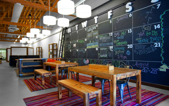 State Farm Credit Union >> Branch Showcase: Experimental Concept Stores & Flagship Designs