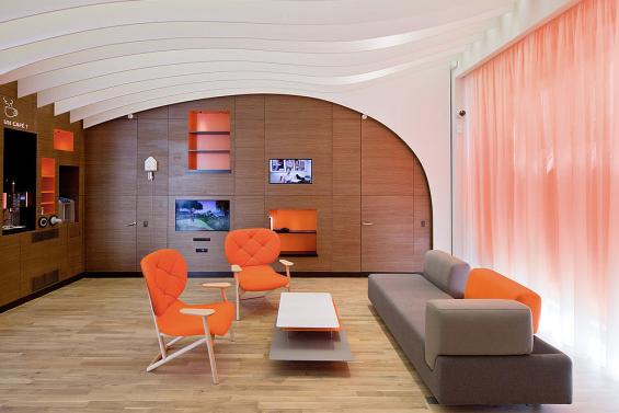 ing_direct_cafe_lyon_lounge