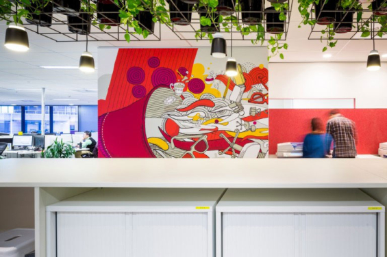 commonwealth_bank_call_center_workspace_2