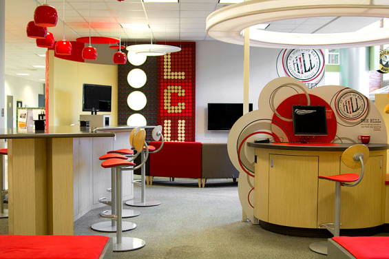 listerhill_credit_union_branch_interior_bar