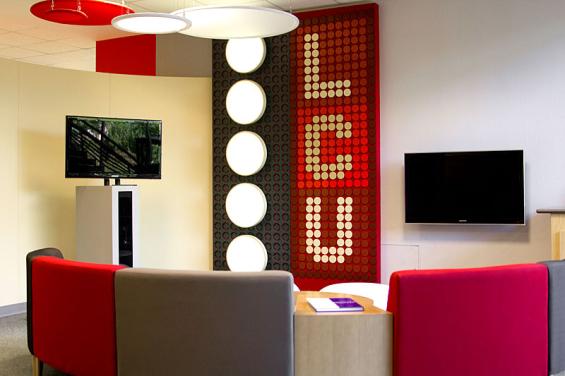 listerhill_credit_union_branch_lounge
