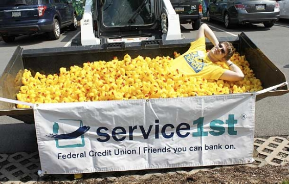 service_1st_credit_union_duck_derby_in_a_tub