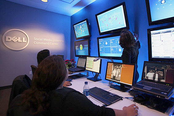 Big Banks Roll Out Social Media Command Centers