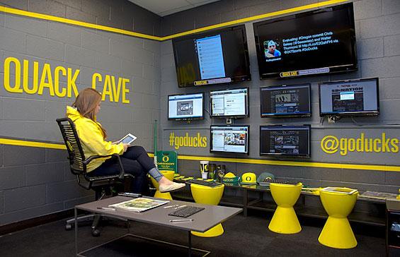 university_of_oregon_ducks_quack_cave_social_media_command_center