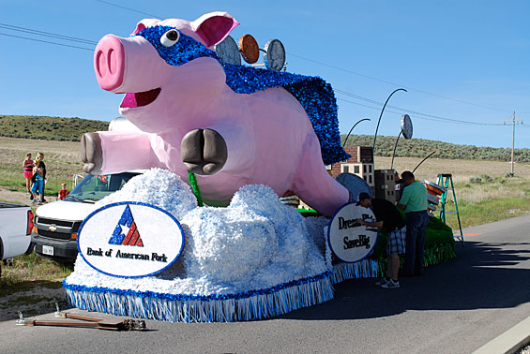 bank_of_american_fork_parade_float