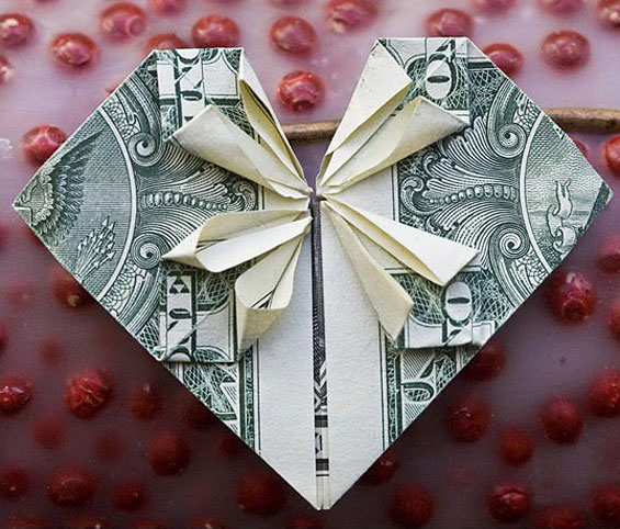 origami_money_red_heart