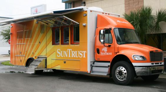 suntrust_mobile_bank_branch