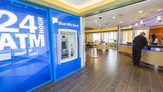 blue_hills_bank_branch_design_interior_1