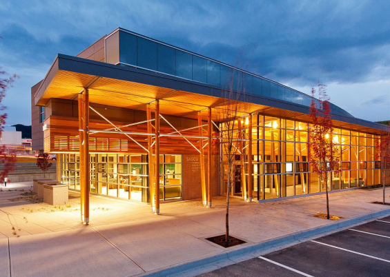 salmon_arm_savings_branch_design_exterior