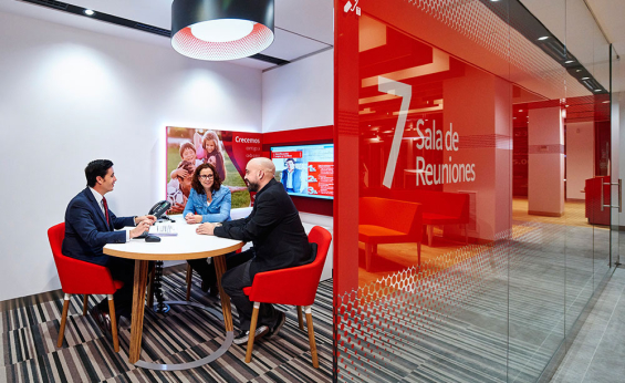 santander_branch_design_interior_4