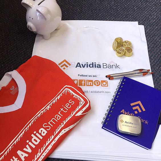 avidia_bank_smarties_team_gear