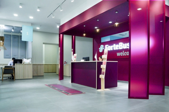 forte_bank_branch_welcome_desk