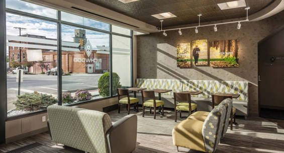 richwood_bank_branch_lounge
