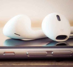 Article Image: Banking Should Include Podcasts as Part of Content Marketing Strategy